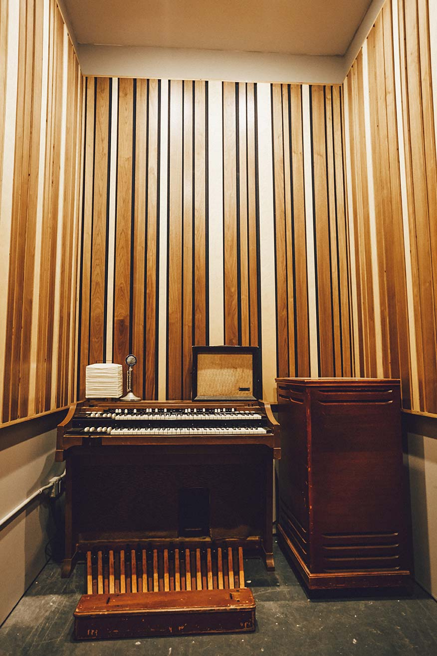 organ room, iso booth 1 - douglass recording brooklyn